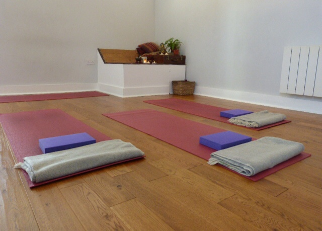 yoga-on-the-lane-review-studio-space